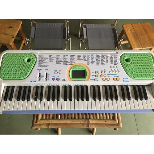 Organ Casio LK-101