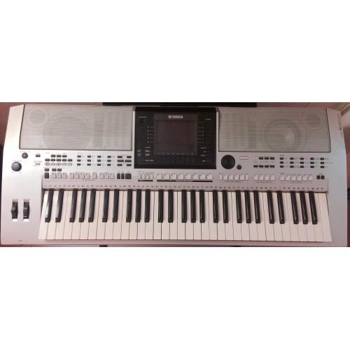 Organ Yamaha PSR-S900