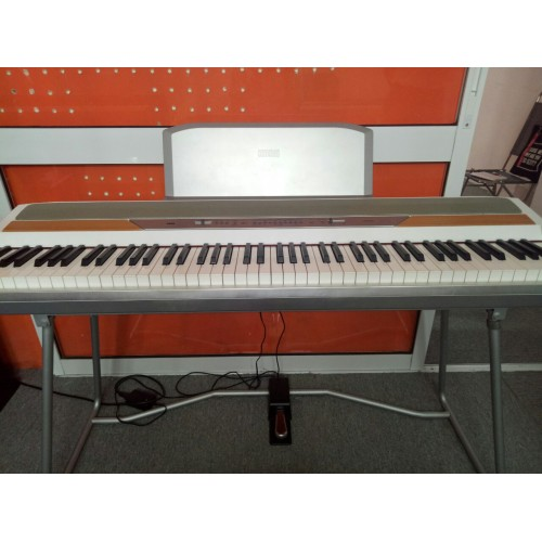 Piano Korg SP-250 (HT)