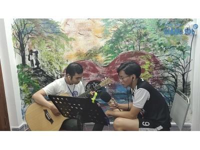 Sài Gòn Đau Lòng Quá || Trí Tâm || Dạy Đàn Guitar Quận 12 || Lớp nhạc Giáng Sol Quận 12