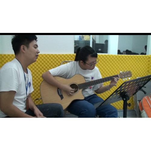 Người Ấy Guitar, Hoài Anh, Nguyễn Xuân Tùng || Dạy đàn Guitar Quận 12 || Lớp nhạc Giáng Sol TP. HCM