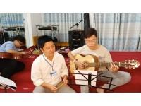 Kỷ niệm bỏ quên (ST: Đình Văn) Chí Diễn đệm Guitar    Lớp nhạc Giáng Sol Quận 12