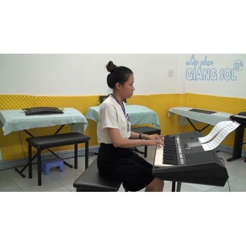 Trung Tâm Dạy Nhạc Quận 12 || Suối Đàn T'rưng, Cô Mai Ka || Lớp nhạc Giáng Sol TP. HCM