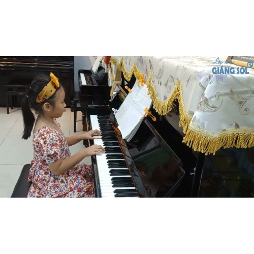 Dạy Đàn Piano Quận 12|| Chiếc Đèn Ông Sao || Khánh Thy || Lớp nhạc Giáng Sol Quận 12