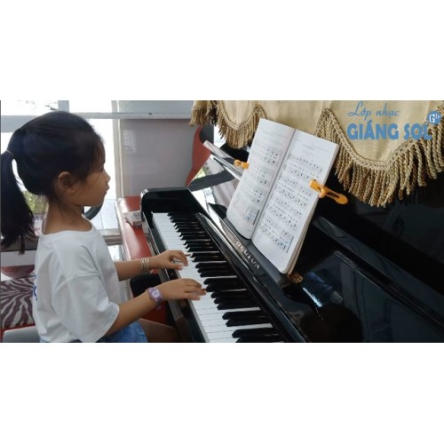Dạy Đàn Piano Quận 12 || Hướng Tới Niềm Vui || Quỳnh Như|| Lớp nhạc Giáng Sol Quận 12