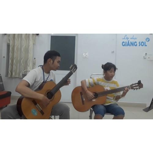 Dạy đàn Guitar Quận 12 || Ướt Mi || Quỳnh My || Lớp nhạc Giáng Sol Quận 12