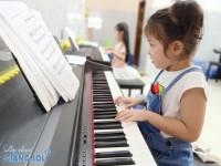 Dạy đàn Piano cho trẻ em tại Quận 12