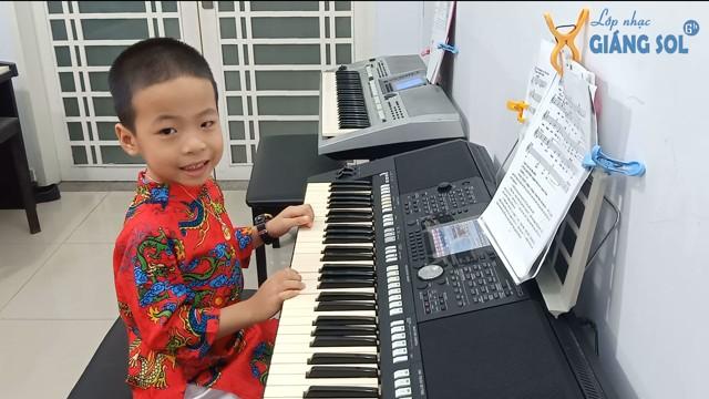 Dạy Đàn Organ Quận 12    Bụi Phấn    Mạnh Nguyên    Lớp nhạc Giáng Sol Quận 12, dạy đàn organ quận 12, học đàn organ quận 12, học đàn organ ở đâu tại quận 12, lớp nhạc quận 12, trung tâm dạy đàn quận 12, lớp nhạc giáng sol quận 12, dạy đàn piano quận 12, dạy đàn guitar quận 12